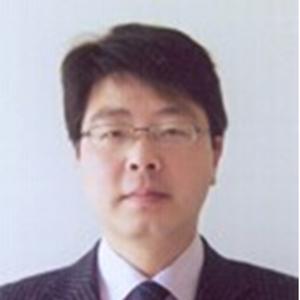 上海工程技术大学材料工程学院副教授张培磊照片