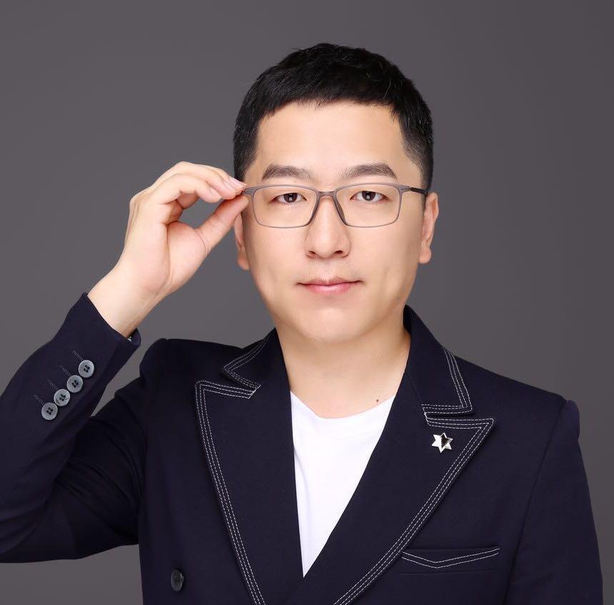 好未来学而思网校首席架构师韩天峰照片