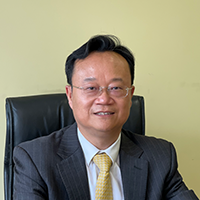 新炬网络副总裁吴珑照片