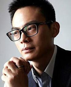 韩束微商CEO陈育新照片