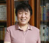 中央教育科学研究所研究员、教授王书荃