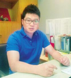 成都339欢乐颂总经理邓益建照片