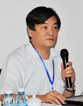 清华大学教授于建照片