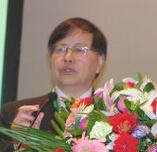 中国城市燃气协会秘书长迟国敬照片