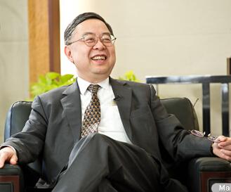 恒隆地产有限公司董事长陈启宗照片