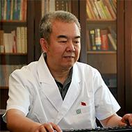 北京回龙观医院党委书记、副院长辛衍涛照片