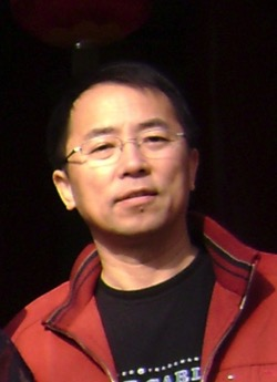St. Mary's University 教授Prof. Zhongmin Dong照片