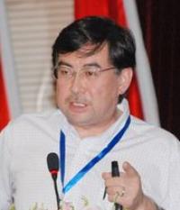 中央民族大学副校长再帕尔•阿不力孜照片