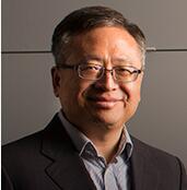 哥伦比亚大学教授周迅宇
