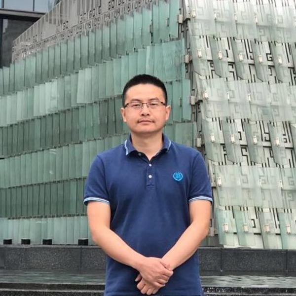 平安证券资深java研发工程师卢裕如照片