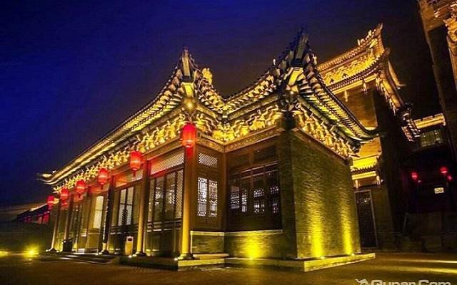 山西灵石崇宁古堡酒店