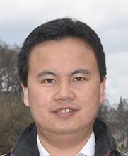 知识图谱论坛主席靳小龙照片