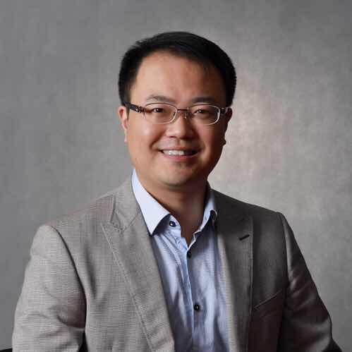上海旺翔文化传媒有限公司副总裁邓永瑞照片