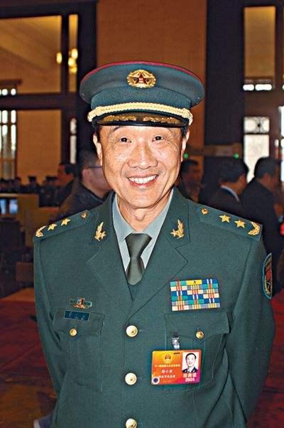 中将原总装备部科技委副主任徐小岩照片