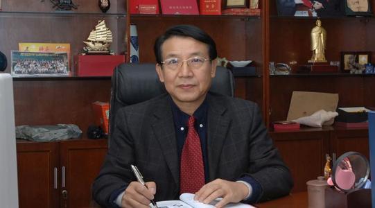 中国工程院院士武汉理工大学材料学科首席教授张联盟照片