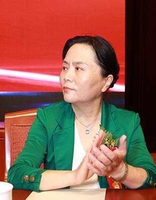 中国市场学会副会长兼秘书长朱小慧照片