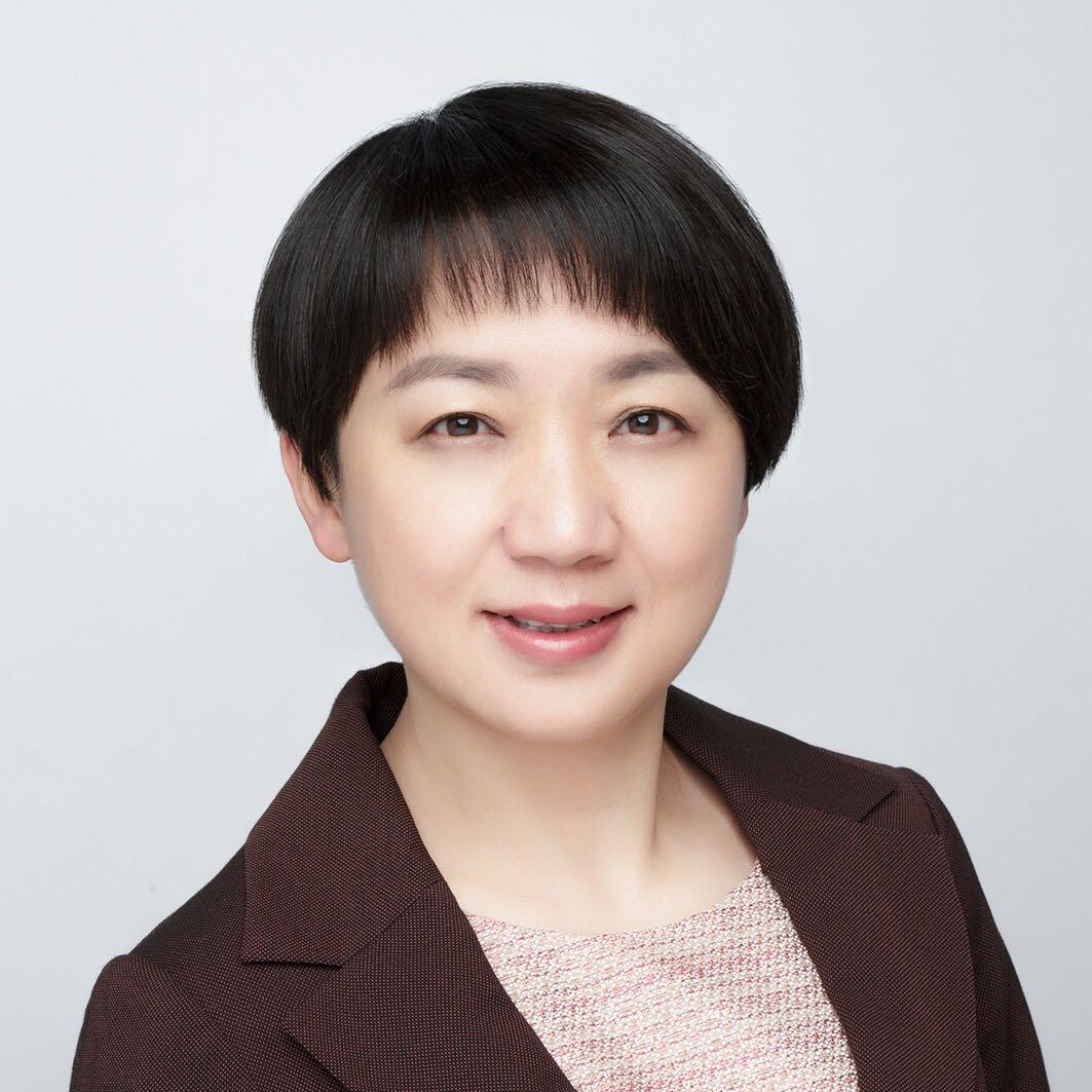 昆明医科大学第一附属医院总会计师苏红照片