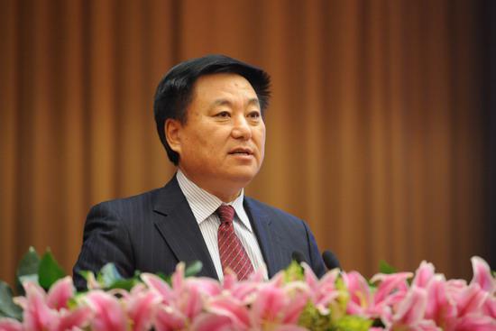 中国石油化工集团公司党组成员刘运