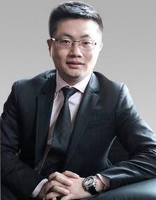 华绅神资本圈首席上市辅导专家杨锡锋照片