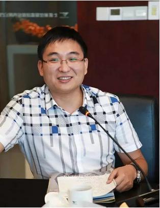 七匹狼控股集团股份有限公司执行总裁陈欣慰照片