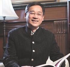 上海市新闻出版局副局长祝君波照片