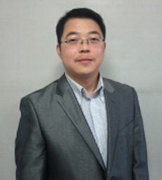 卓越教育集团副总裁董炜照片
