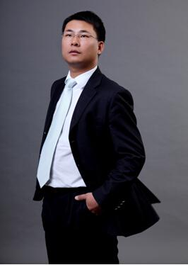 世華智業集團董事石儉照片