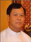 缅甸能源电力部部长HEuAungThanOo照片