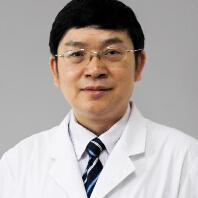 中国医科大学航空总医院神经外科中心主任兼首席专家陈国强照片