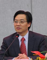 中国饲料经济学会副理事长陈代文照片