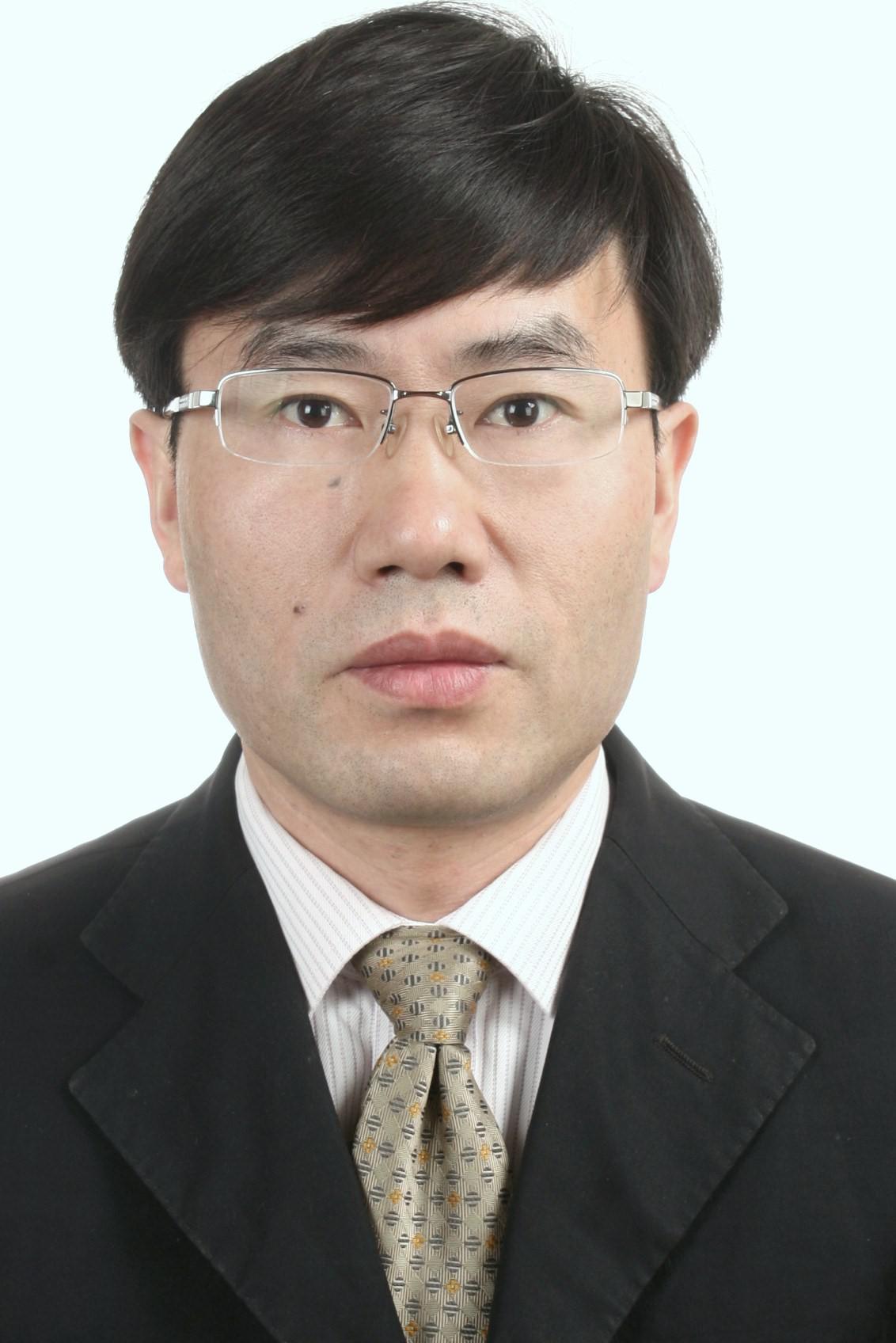 上海微电子装备有限公司教授级高工程建瑞照片