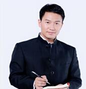 中华家庭教育研究所教育中心高级讲师杨鑫