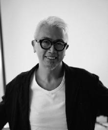 跨界艺术家欧阳应霁照片