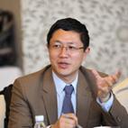 法国马赛KEDGE商学院副教授王华照片