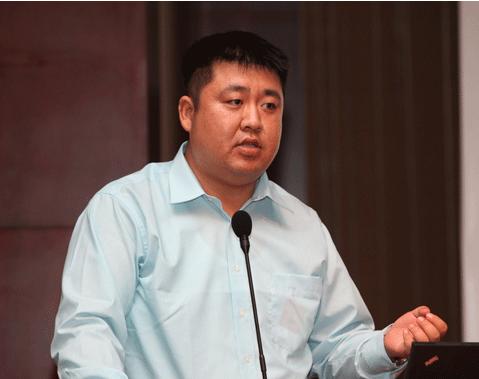 中国移动研究院所长助理何申照片