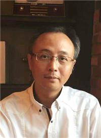 中国人民大学管理哲学博士谢志翔
