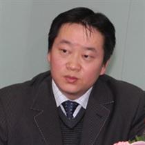 申银万国期货研究所副所长何小明照片