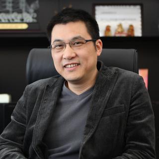 百胜  董事长黄飞  照片