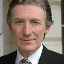 英国司法部部长尼尔·德围训勋爵照片