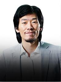 墨嶙集团董事长陈默照片