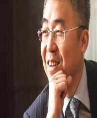 东方明珠董事兼副总裁许峰照片