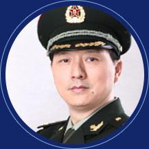 第二军医大学长征医院整形外科副教授  赵耀忠  照片