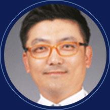 都市整形外科医院院长  大韩整形外科医师会情报理事  金钟粲