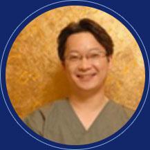 starline整形外科医院院长  大韩整形外科医师会涉外协力理事  朴准