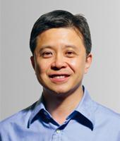 微软全球资深副总裁洪小文照片