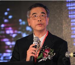 中国互联网金融协会会长李东荣照片