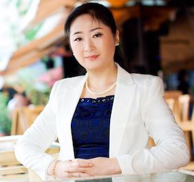 歌尔声学营销本部副总裁冯莉照片