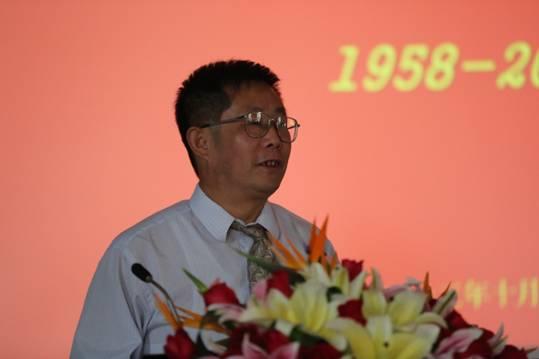 河北工业大学化工学院院长、教授黎钢照片