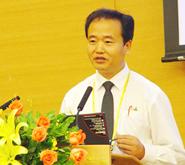 北京大学经济学院发展经济学系主任曹和平照片