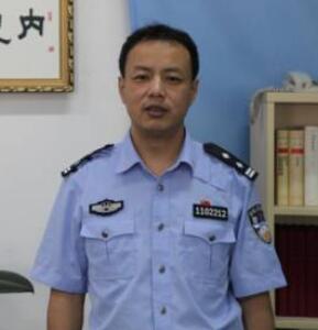 北京市监狱副调研员曹广健